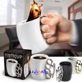 Fistcup - Morsom kopp av den hardtslående typen